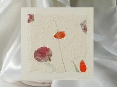 Einladung Mit Handgeschöpftem Papier Und Echten Blüten